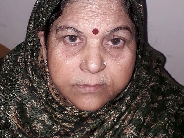 Help Santosh Rani To Get an Eye Operation