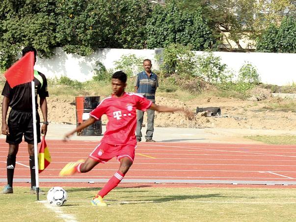 Help Football Players to Achieve their Dream