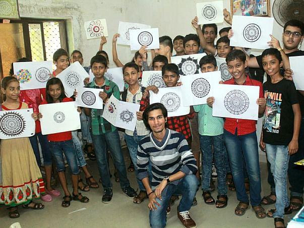 Help Rupesh teach art to 5000+ underprivileged kids through Solo Trip