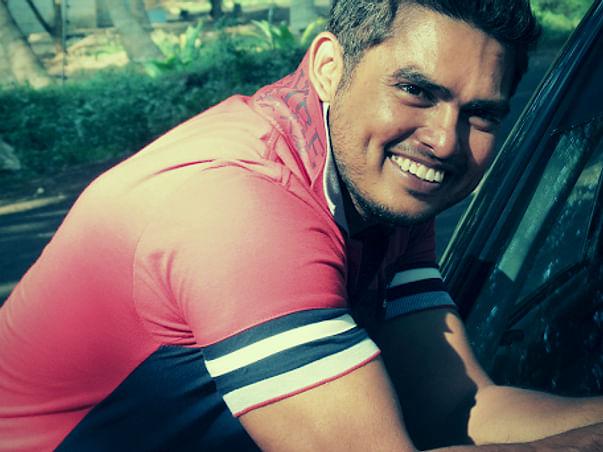 Help Senthil's Family, Son's Education & Mom's Medical Expense