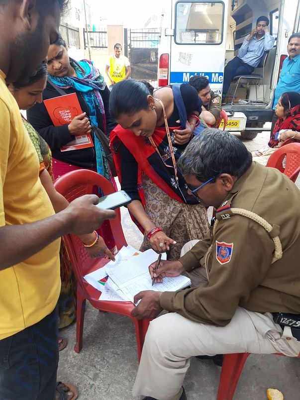 SEWA members surveying and sharing medical needs of people at shelters