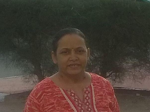 43 Years Old Asha Khopade Needs Your Help Undergo Kidney Transplant
