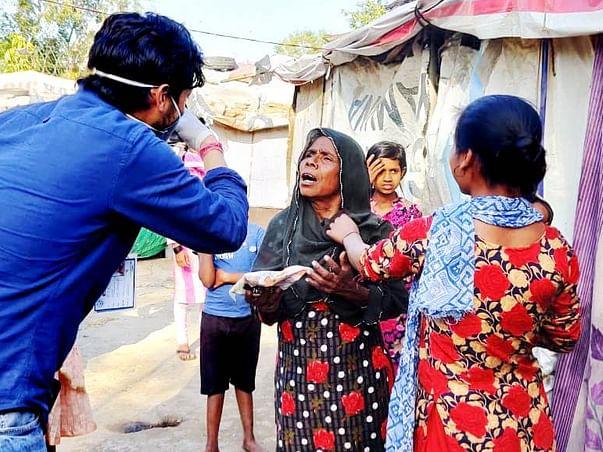 Help Us Feed 650 Families In Ghaziabad Slums. COVID19: Economic crisis