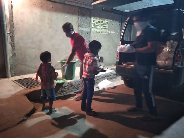 Help food for needy people