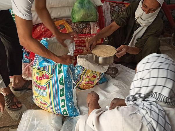 Help Donate Food And Grocery Kits To Daily Wage Laborers' Families.