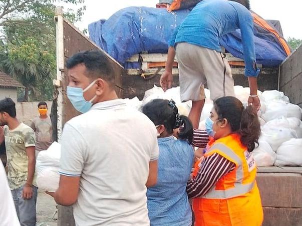 Help feed 500 underprivileged families of Kolkata during lockdown
