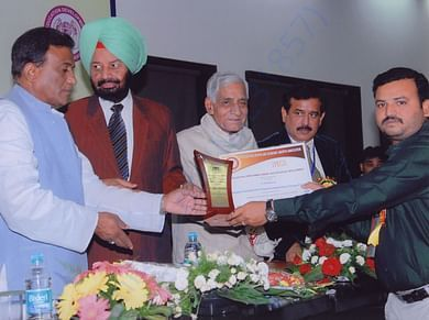 Eminent persons recognized SERUDS Charity is Best NGO in India award