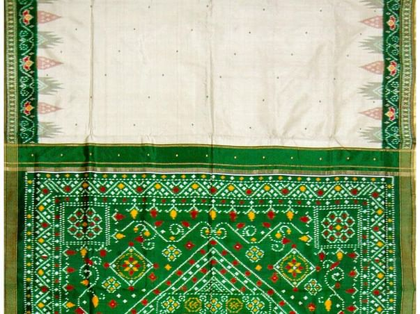 Support the Patola weaving community of Gujarat
