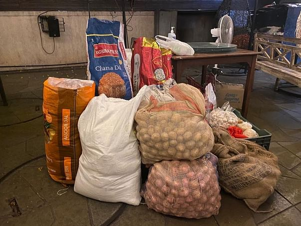 Support Hardeek Waghela to feed 2000+ families during lockdown