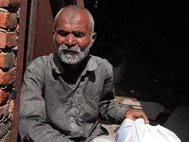 SPID+Sang: Providing relief to 25+ families in JJ colony, Sawda.