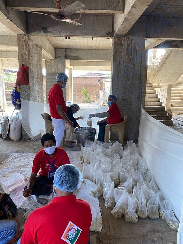 Community kitchen service for 400 people in Bhiwandi