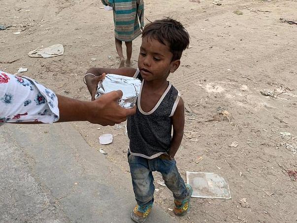 Food distribution for homeless/ poor children