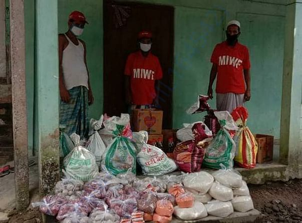 55 families of Cachar district in Assam received Helpfeed packets.