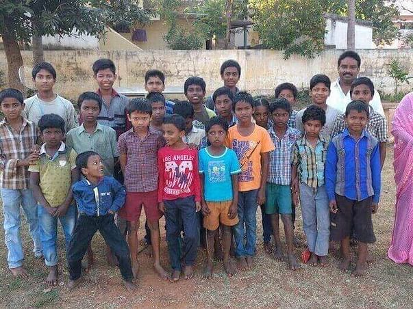 HELP IIDA TO SUPPORT THESE POOR KIDS & ORPHAN WITH FOOD AND EDUCATION