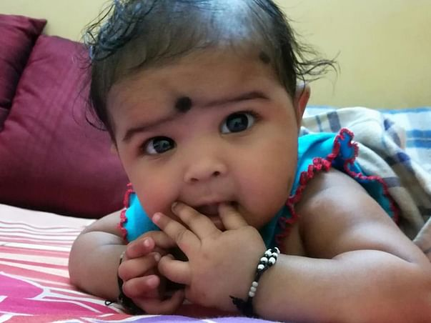 Request Help in giving 1 year old kid back her father