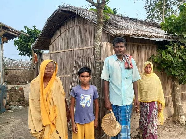 35 Years Old Enaful Biswas Needs Your Help To Fight Stomach Cancer
