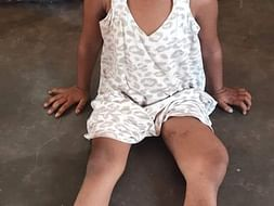Help Geethika fighting with Knee cancer