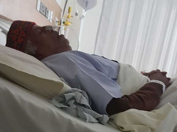 My Father Is Struggling With Esophageal Cancer, Help Him