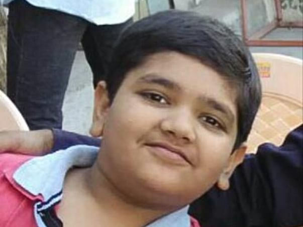 Help young champ Hemang Aadesra By contributing towards his 11std