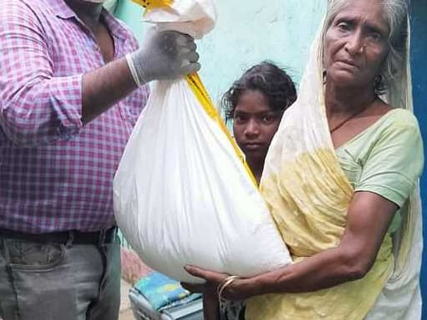 Rebuild Bihar, Save Lives aid/support1out of 3000+ vulnerable families