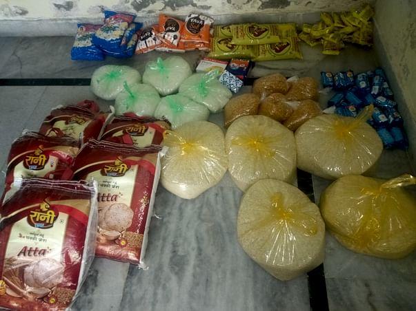 helping food for poor and beggar in corona lockdown