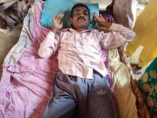 Help Shamsher Chand Stand