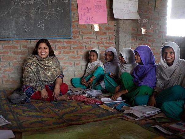 Help the Girl students of Kishanganj study online
