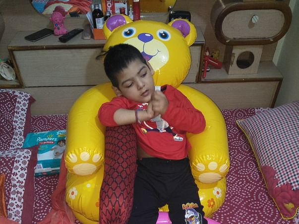 Sanyam suffering from Cerebral palsy
