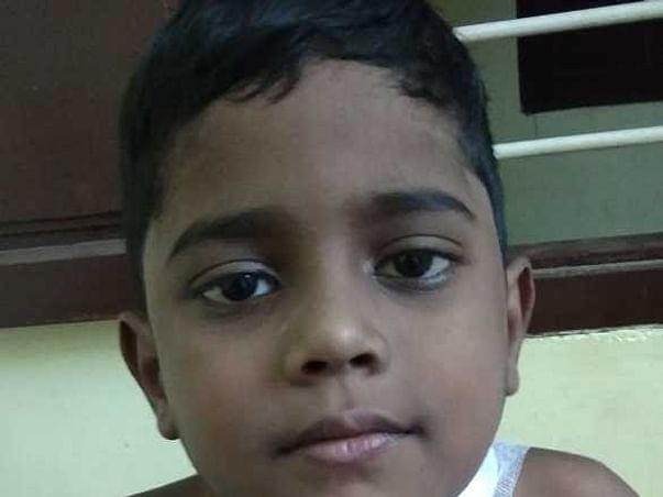 Help  Jaykumar To Recover From Cyst In His Neck