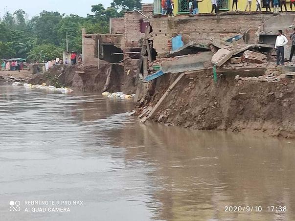 Help Ganga erosion affected people