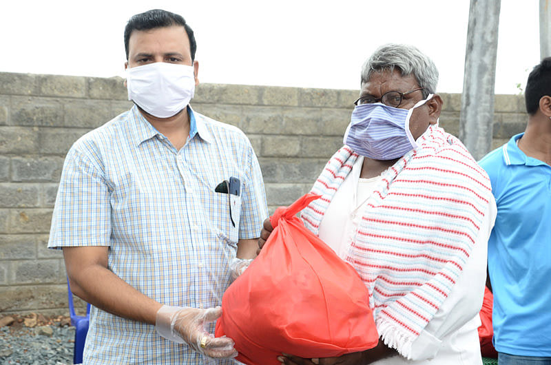 NGO helping Coronavirus covid19 relief for jobless workers in india