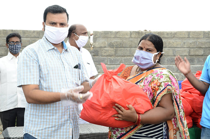 Pandemic Covid19 relief in india for dailywage workers