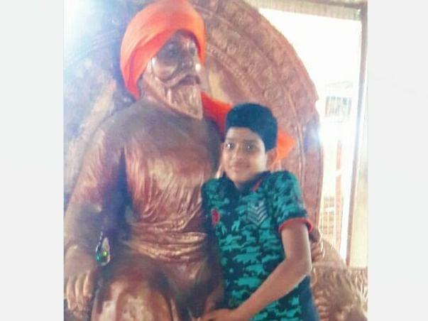 15 years old Swaraj needs your help fight thoraco lumbar scoliosis