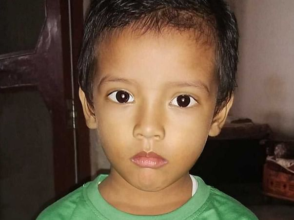3 Year old Ansh need your help to beat cancer and live once again