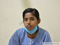 This Teenager Is Determined To Live But A Growing Tumor Is Killing Her