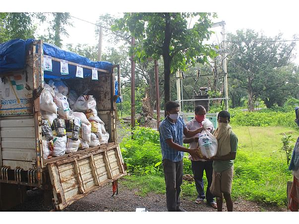 Help PRAVAH provide Dry Ration to Migrant Labourers