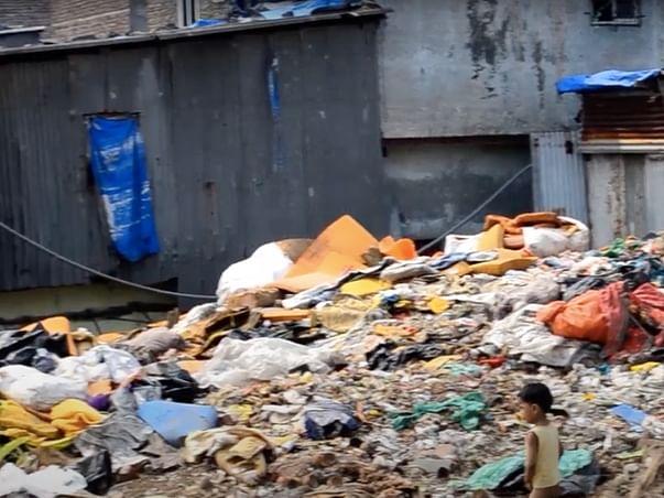 Food, Tuition, And Medical Help For People Of Shivajinagar, Mumbai