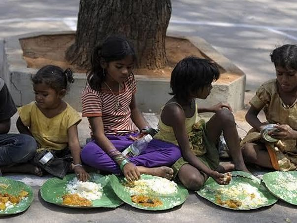 Help to distribute food and medicine free of cost memory of my parents
