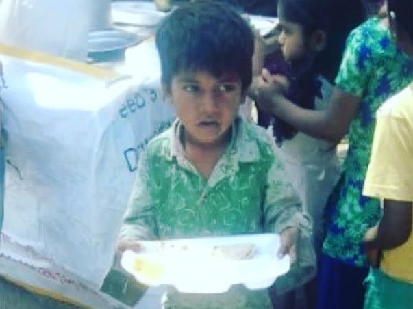 Free Food Provide Service Free Clothes Free Medical Facilities