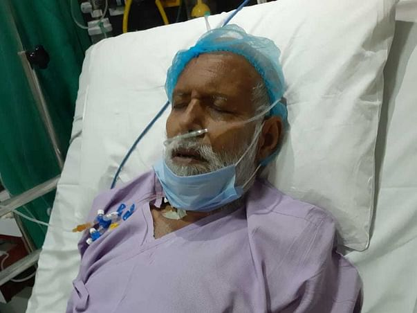 Help Dhirender uncle age: 63. Bread earner for 5.