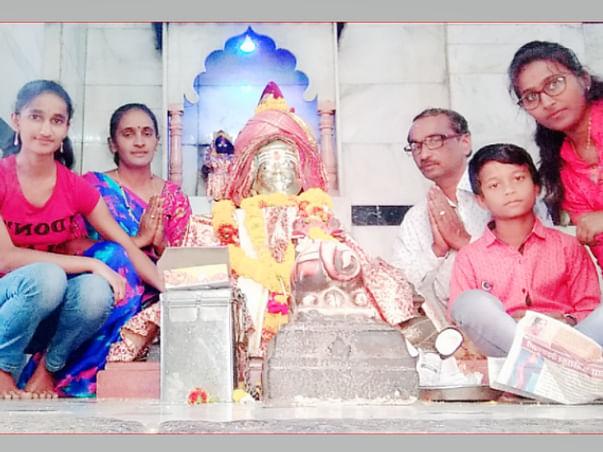 Help Vishwanath Chanda'S Family