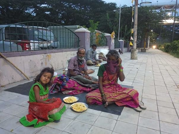 People have no shelter, food & water: Feeding homeless every day