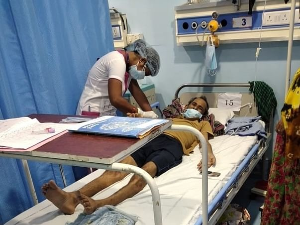 Support Manoranjan Recover From Lungs Cancer