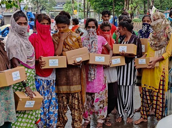 DONATE SANITARY PADS - WOMEN CARE BOX