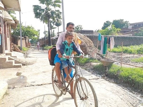 This Father Pedalled 400km To Save His Son From A Deadly Disease