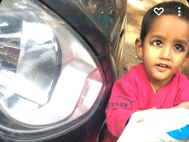 Helping  Family Of A Rickshaw Puller Daughters