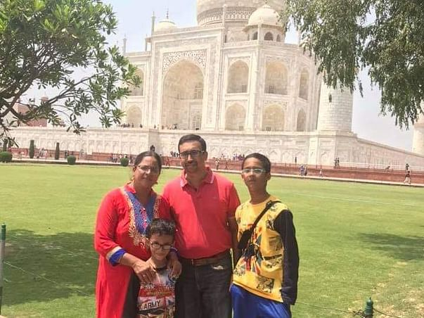 Suresh & His Wife Lost Their Lives To COVID, Help Educate Their Kids
