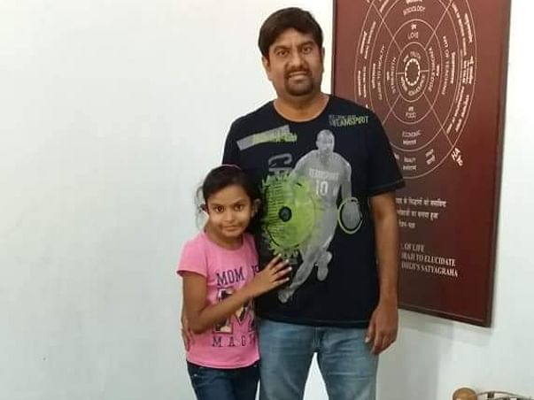 Help little girl for her education who lost his young father in Cancer