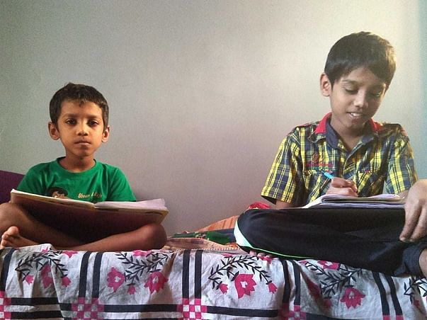 Help Dulian With Housing And Her Children's Education