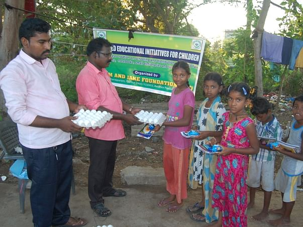 Donate Food to Families Struggling with Hunger due to COVID